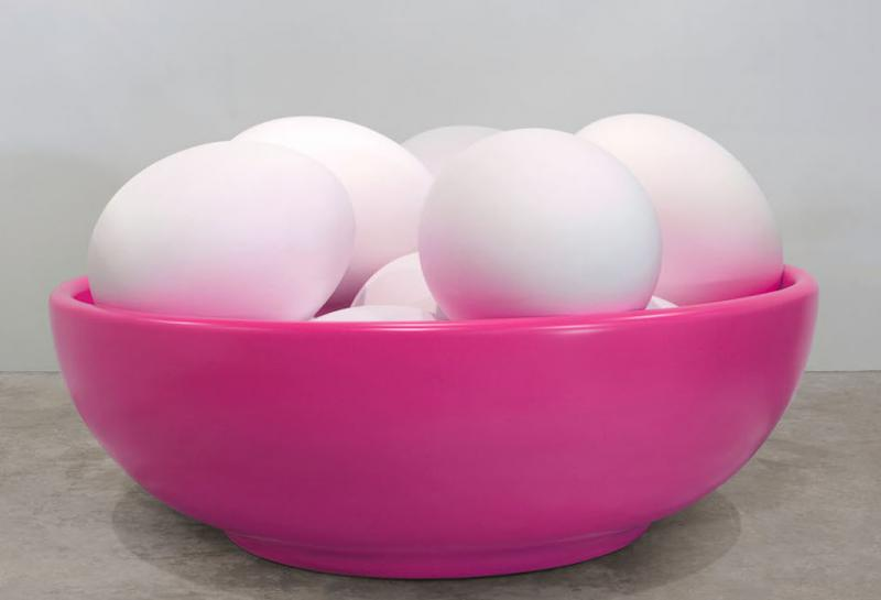 Bowl with eggs (Pink)